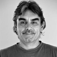 Luis Delgado, community manager